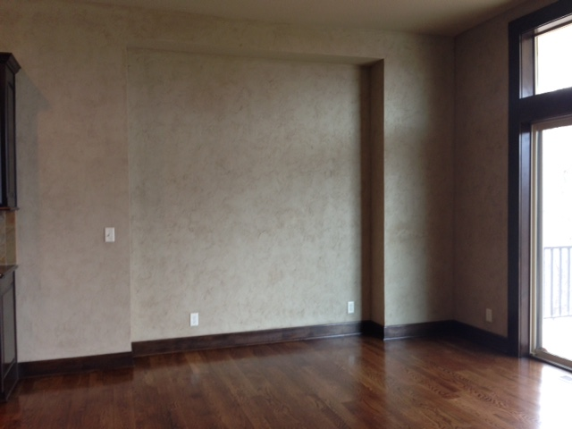 home staging empty room